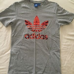 ADIDAS men's tee shirts /Size S